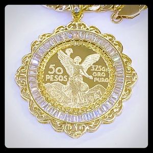 Other - Men's Gold Plated Centenario pendant with chain